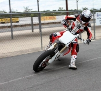 troy-bayliss-supermoto