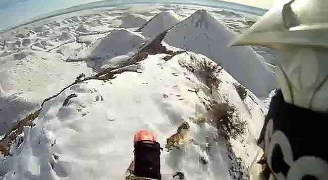 MX på snedækket bjerg