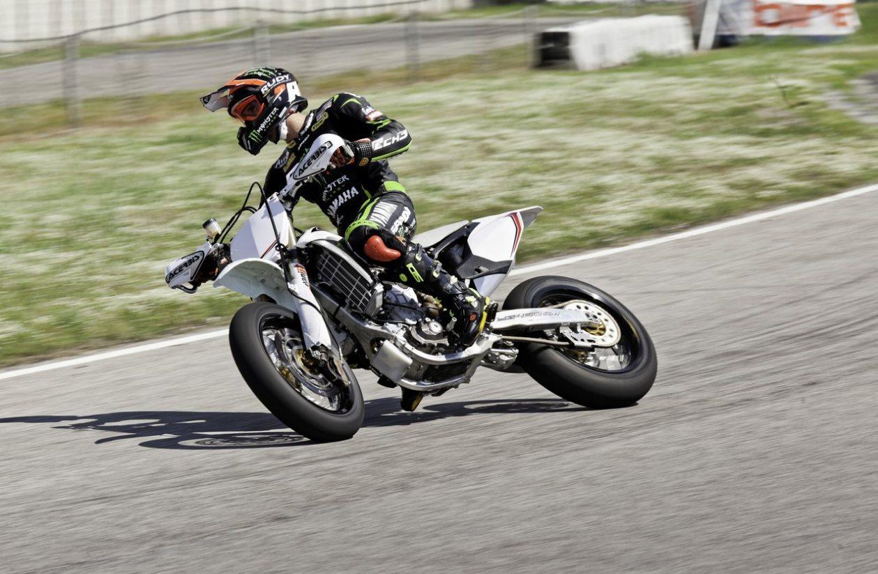 Andrea Dovizioso Supermotard