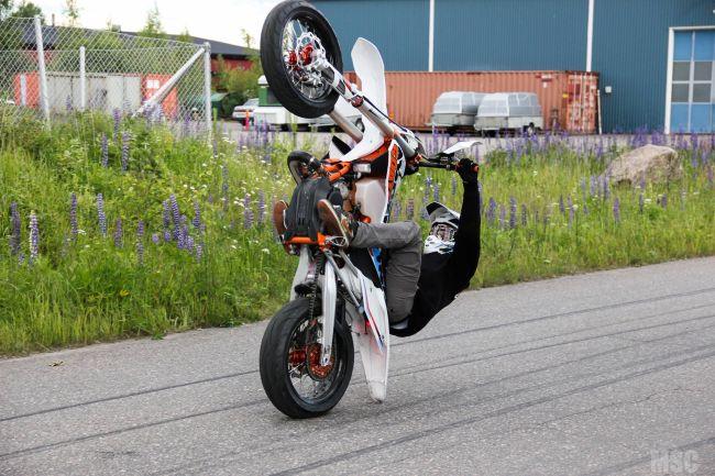Medlem fra Finske MotorStuntCrew