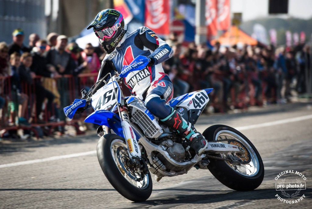 Romain Febvre racing Semifinal Superbiker 2015